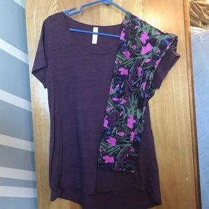 Lularoe Classic t with leggings.